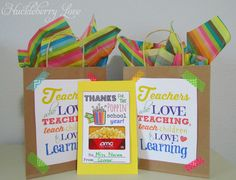 Simple Teacher Gift Bags {and a Free Printable}