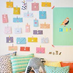 24 enveloppes colorées et leur masking tape assorti composent ce calendrier de l'Avent coloré, Mimilou