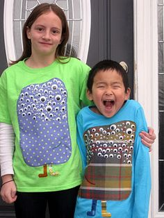 For all my friend looking for 100 days of school ideas!!!100 googly eyes on a t-shirt for the 100th day of school. (Idea from here: http://www.simplymodernmom.com/2012/01/100th-day-of-school/ ) @Maureen Mills Smith we could design a cute girly monster for Zoe..... :)