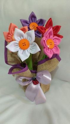 16 Peculiar Planter Designs That Will Catch Your Eyes Foam Crafts, Fabric Crafts, Diy And Crafts, Paper Crafts, Burlap Flowers, Felt Flowers, Diy Flowers, Making Fabric Flowers, Flower Making