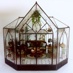 this time I will share some pictures of the design of a miniature greenhouse. miniature glass house this is very cool and amazing craft th. Miniature Rooms, Miniature Fairy Gardens, Miniature Houses, Mini Gardens, Miniature Greenhouse, Greenhouse Plans, Mini Mundo, Glass Display Case, Display Cases
