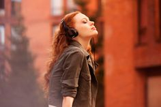 Having a mid-week crisis? Turn on your favourite #music and put on those #headphones!