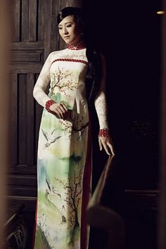 A lovely dress inspire by the beauty of home town, the country  of us: Vietnam :) / Ao Dai Quy Ba - CM314 - http://aodaihoanguyen.com/ao-dai/ao-dai-quy-ba/chi-tiet/3179-ao-dai-quy-ba-cm314#.UIa_PoZKY80