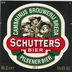 Cerveja Schutters Bier, estilo Standard American Lager, produzida por Brouwerij Martens, Bélgica. 5% ABV de álcool.
