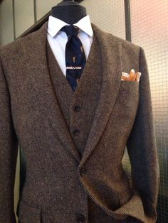 JCrew tweed suit #vintage #groom #wedding