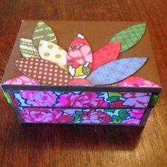 Ane's Creations: Mini álbum caixa.