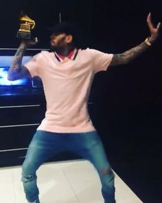 Chris Brown Videos, Chris Brown Pictures, Chris Brown Daughter, Chris Brown Outfits, Breezy Chris Brown, Freaky Relationship Goals Videos, Black Kids Hairstyles, My Baby Daddy, Hypebeast Wallpaper