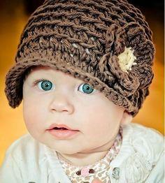 Backtrack Beanie Reversible Hat - Easy Crochet Pattern.