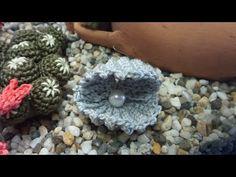 Crochet Art, Crochet Animals, Crochet Dolls, Crochet Patterns, Crochet Keychain, Crochet Earrings, Crochet Doily Diagram, Crochet Accessories, Fabric Dolls