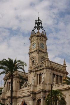The Town Hall, Valencia. One of the many amazing Tourist Attractions in Valencia. Click through for a full city guide ---> www.mappingmegan....