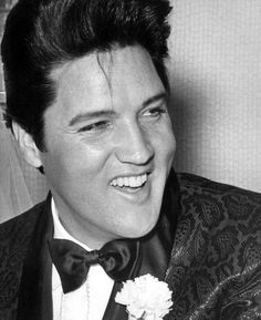 Elvis wore Western cowboy boots with his tux (love it).--King of style and rock n roll. Elvis Wedding, Wedding Tux, Wedding Pics, Wedding Attire, Wedding Ceremony, Wedding Ideas, Elvis And Priscilla, Priscilla Presley, Night Before Wedding