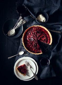 What Katie Ate: Katies Rhubarb Tart. Rhubarb Recipes, Tart Recipes, Sweet Recipes, Dessert Recipes, Cooking Recipes, Cooking Tips, What Katie Ate, Rhubarb Tart, Rhubarb Fruit