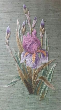 Wonderful Ribbon Embroidery Flowers by Hand Ideas. Enchanting Ribbon Embroidery Flowers by Hand Ideas. Brazilian Embroidery Stitches, Crewel Embroidery Kits, Types Of Embroidery, Learn Embroidery, Silk Ribbon Embroidery, Vintage Embroidery, Embroidery Thread, Embroidery Patterns, Machine Embroidery