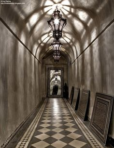The gorgeous Dar Darma, a private residence in the heart of the Marrakech Medina, Morocco has an amazing dark and alluring ambience. Moroccan Design, Moroccan Style, Modern Moroccan, Interior Design Inspiration, Home Interior Design, Black And White Hallway, Black White, Arabian Decor, Arabian Art