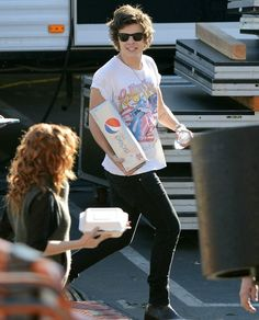Harry Styles~ See that Sapph? Yes, that is Pepsi.