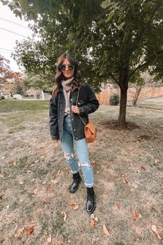 Hot Outfits, Winter Fashion Outfits, Fall Winter Outfits, Simple Outfits, Trendy Outfits, Autumn Fashion, Beauty And Fashion, Clothing Items, Aesthetic Clothes