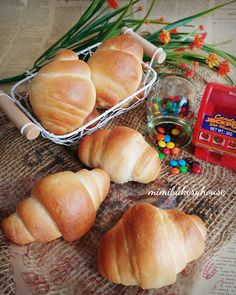 MiMi Bakery House: Butter Roll [25 Apr 2016]