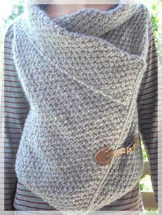Elle se laissera griser, cet automne, par ce gilet tricoté au point deblé,  lorsque sera venu le temps des frimas d'automne à Wroclaw!    ...