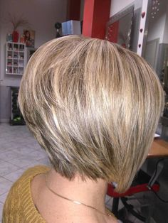 19 Hottest Asymmetrical Bob Haircuts for 2019 For Women - Style My Hairs Asymmetrical Bob Haircuts, Short Bob Haircuts, Bob Hairstyles For Fine Hair, Medium Bob Hairstyles, Cool Hairstyles, Short Hair Cuts, Short Hair Styles, Medium Hair Styles, Stacked Hair
