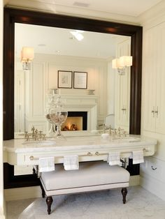 Gorgeous.....fabulous drama with this oversized mirror and vanity... I might even make myself look presentable with this look!