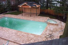 Insulated pool