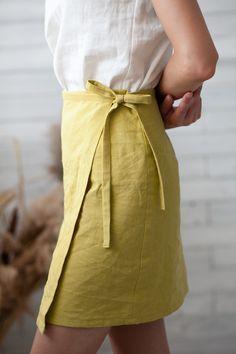 Diy Fashion, Fashion Outfits, Womens Fashion, Winter Fashion, Paris Mode, Linen Skirt, Looks Vintage, Mode Inspiration, Diy Clothes