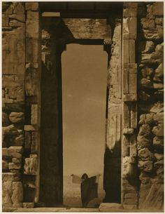 Edward Steichen | Isadora Duncan at the Portal of the Parthenon, Athens, 1921