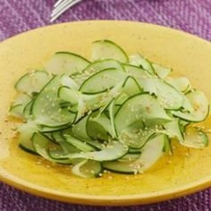 Japanese Cucumber Salad (love love cucumbers!) The sesame seed make this salad. #lowcarb