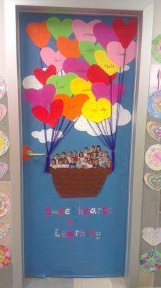 Ideas School Door Decorations Valentines For 2019 Classroom Door, Classroom Displays, Preschool Classroom, Preschool Activities, Decoration Creche, Art For Kids, Crafts For Kids, School Door Decorations, School Doors