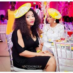 Ditch your hat for this unique fascinator :pic via @weddingguest #yellow #headgear #guesttip #inspiration #welove