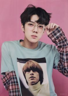 Find images and videos about kpop, exo and sehun on We Heart It - the app to get lost in what you love. Kpop Exo, Exo Chanyeol, Chanyeol Baekhyun, Foto Sehun Exo, Chanbaek, Kaisoo, Exo Lucky One, Sekai Exo, Rapper