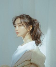 Meet Lee Hana,the female maknae from the one and only BTS. Uzzlang Girl, Girl Face, Hair Inspo, Hair Inspiration, Hair Reference, Aesthetic Hair, Pretty Hairstyles, Kawaii Hairstyles, Pretty Face