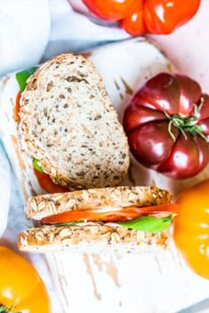 Save the recipe! Tomato Sandwich, Best Dishes, Recipe Of The Day, Salmon Burgers, Sandwiches, Ethnic Recipes, Food, Essen, Meals