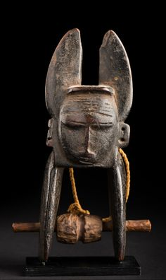 Africa | Heddle pulley from the Jimini people of Ivory Coast | Wood | 19th century | July 2013 Catalogue