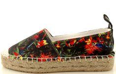 http://zebra-buty.pl/model/5380-espadryle-love-moschino-can-st-jungle-nero-2051-012
