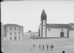 colecciones de fotos antiguas Tenerife. Buenavista. [Antigua Iglesia de los Remedios, destruida por un incendio en 1996.]