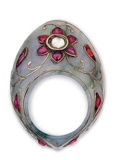 India | Archer's ring; jade, diamonds, gemstones and gold wire | 2'000£ ~ Sold (Apr '12)
