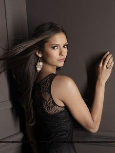 b04d79eb07e Nina Dobrev - The Vampire Diaries Nina Dobrev Vampire Diaries
