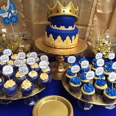 Royalty Baby Shower, Royal Baby Shower Theme, Baby Shower Princess, Boy Baby Shower Themes, Baby Shower Fun, Baby Shower Cakes, Shower Party, Baby Shower Centerpieces, Baby Shower Decorations