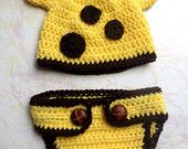 Giraffe Hat and Diaper Cover - Baby Giraffe Photo Prop Set - Newborn Giraffe Hat and Diaper Cover - Giraffe Hat - Newborn Photo Prop outfit - pinned by pin4etsy.com
