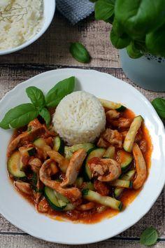 Kurczak z cukinią – Smaki na talerzu Kung Pao Chicken, Food And Drink, Cooking, Ethnic Recipes, Dinners, Drinks, Diet, Kitchen, Dinner Parties