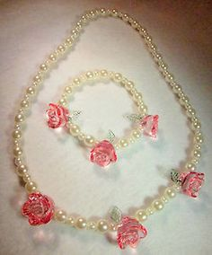 Beautiful Girls Elegant Faux Pearls Pink Roses Necklace & Bracelet Set!   #women #necklace #vintage #etsy #bracelet