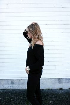fda39845781 All black outfit (via  bellevieblog) Sweaters And Jeans
