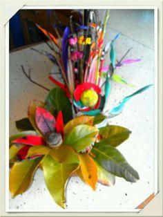 centros flores ramas y hojas secas foto