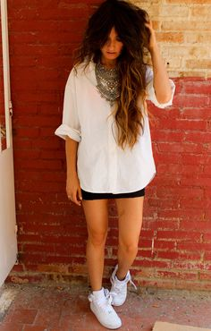 Gorgeous style via Madame de Rosa!