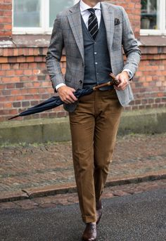 Mens Fashion Smart – The World of Mens Fashion Gentleman Mode, Gentleman Style, Look Casual Hombre, Smart Casual, Men Casual, Cool Outfits, Casual Outfits, Herren Outfit, Checked Blazer