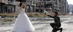 Impactantes imágenes de una boda entre las ruinas en Siria