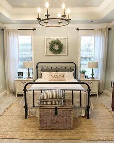 Classic and vintage farmhouse bedroom ideas 54... - Feste Home Decor