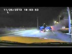 شرطي شجاع ينقذ شخص من سيارة محترقة - http://www.laabdali.com/13791.html