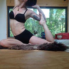Day 12 of #MermaidYogis Hosts: @zengirlmandy @stoked_yogi @janalyn.rose @seavibesyoga Sponsors: @colorescience @gracedbygrit @mandukayoga @bloominglotusjewelry @rawelementsusa @bodyglovegirl #yoga #yogapose #nofilter #tinyhouse #yogachallenge #tattooedyogi by manicpixieyogi